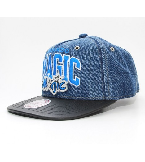 Mitchell & Ness Strapback Magic Orlando Bleu light denim Casquette Jean